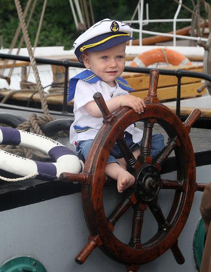 Jan als kleiner Kapitän