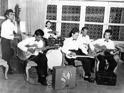 The Timor Rhythm Brothers (early 1950's) l/r: Ponthon, Andy, Loulou, Wim Noya, Herman Tielman, Reggy