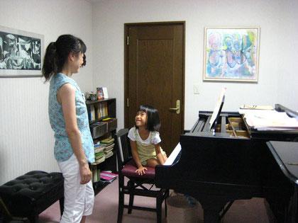 ピアノと英語を習う あおちゃん