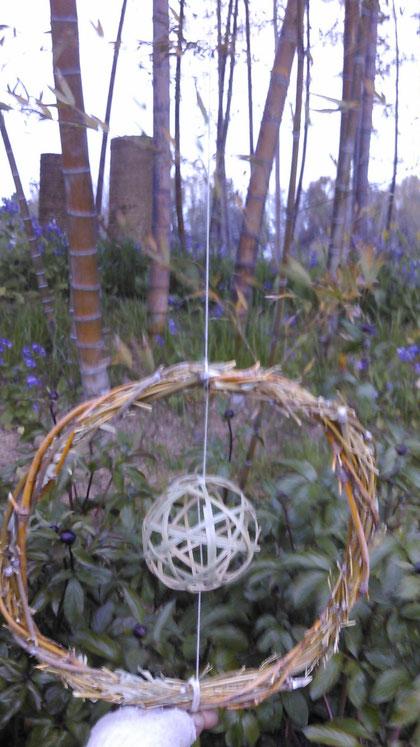 竹の枝のリースに竹玉
