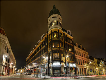 city ville light lumiere night nuit art déco saint quentin paul architecture