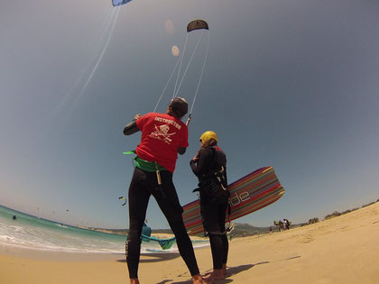 Jobs, Arbeiten bei waveBandits, VDWS & IKO Surflehrer, Kite Instruktor, Kite Assistent, Wassersportlehrer, Wassersport VDWS & IKO Praktikum bei waveBandits Kite Schule