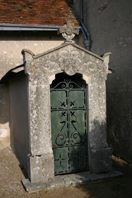 L'entrée du caveau des Boisrenard