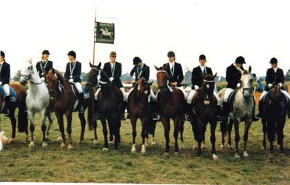 Gehlenbeck '86 M.Hahler/Fidelio, Nicola Groß/Saskan, Falk Schwengel/Welf und Sylke Reddehase/Gigolo