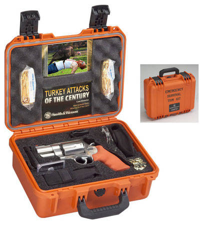Smith & Wesson Model 500ES - Emergency Survival Kit