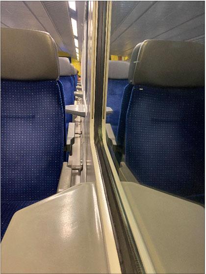 Fensterplatz im Zug