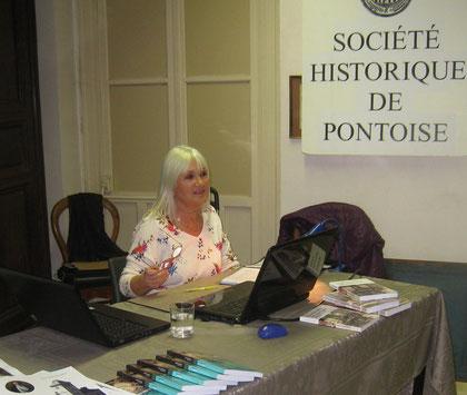Isabelle Joz-Rolland, professeure agrégée d'histoire, auteure de romans à caractère historique