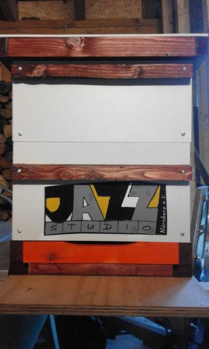 Ein Bienenvolk fürs Jazz-Studio Nürnberg.