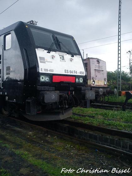 189  450 (ES 64 F4 - 450) & V100