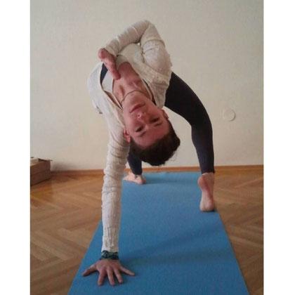 Ahimsa: Wie wir freundlich zu uns selbst werden. | Embody Yoga Blog