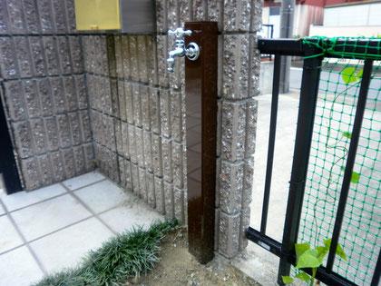 シンプルな立水栓♪
