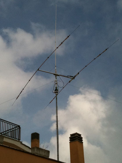 Purtroppo non è la mia antenna ma quella del buon Fausto IZ0OZU...BELLA VERO?