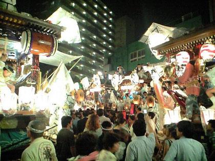 鎌倉町での叩き合い