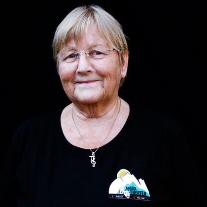 Helga Treu, Äbääg-Theater (2018)