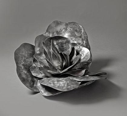 Canisia, 77 x83 x 45 cm, Aluminium, 2010