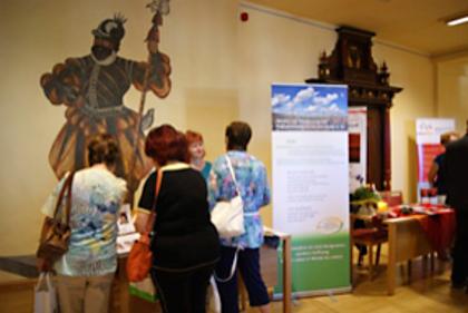 Unser Info-Stand mit Palliativ-Schwester Annette Buse
