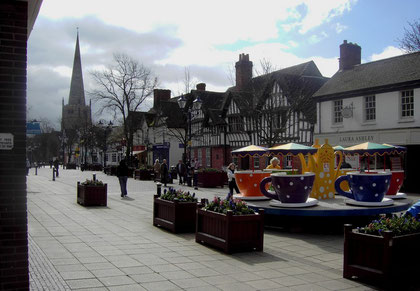 Above: Solihull High Street 1853. Image downloaded from Virtual Brum and out-of-copyright. Below: Solihull High Street 2008.