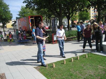 """Karl Gröpler voll in Aktion beim Spielfest """"Westhagen spielt"""""""