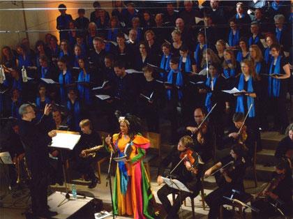 """Aufführung der """"Mass of Joy"""" Juni 2008 mit Joanne Bell"""