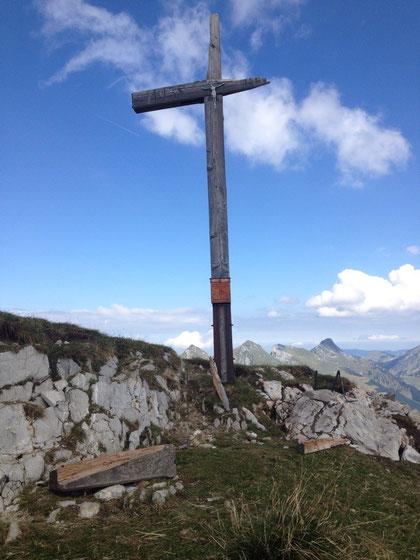 Altes Gipfelkreuz der Hochmatt bis 09.09.2015