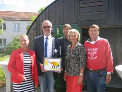 Dunja Kreiser (von links), Dr. Frank Fröhling, Dr. Steffen Wiegmann, Editha Westmann und Manfred Wille