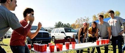 アメリカの若者の間ではポピュラーな飲み会ゲームである