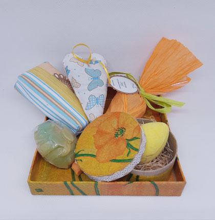 Naturseifen, Badeprodukte, Taschentuchtasche, Lavendelherz, Ostern