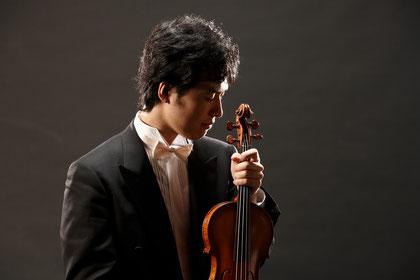 青木恵音(ヴァイオリン)