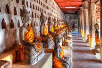 Buddhafiguren im Wat Si Saket - Vientiane