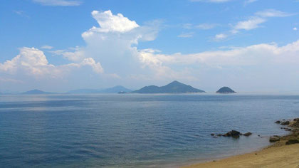 飛島から見る島々