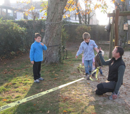slack line im KinderGarten