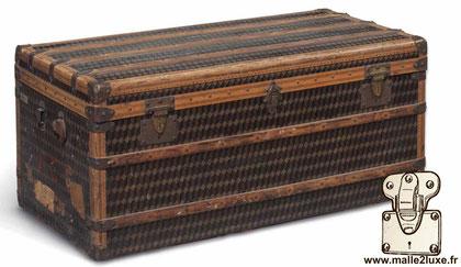 old mail trunk au départ