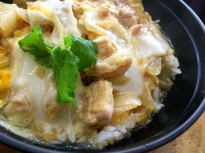 博多地鶏スープで絶品親子丼,博多地鶏スープレシピ,博多水炊きさもんじ