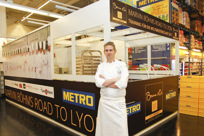 Marvin Böhm trainiert ab heute in einer eigens eingerichteten Kochbox in der METRO Braunschweig für das Finale des Bocuse d'Or in Lyon | Foto: ©METRO Cash & Carry Deutschland