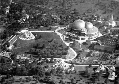 Erstes Goetheanum mit Park und umliegenden Bauten (Wiki)