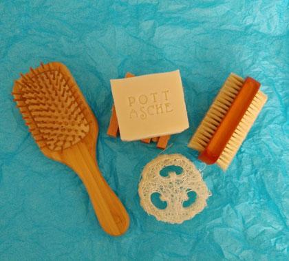 Haarseife Naturseife Bürste Lufaschwamm Pottasche Kosmetik Entfettung Talgproduktion waschen