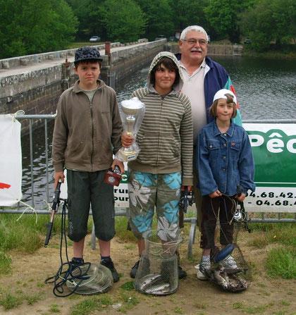 Fête de la pêche ( barrage de Saint Denis)