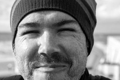 Portrait des Fotografen Thomas Barton.