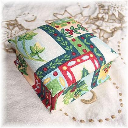 北欧風クリスマスモチーフの小箱
