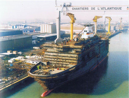 Bretagne en pleine construction aux chantiers de l'Atlantique.