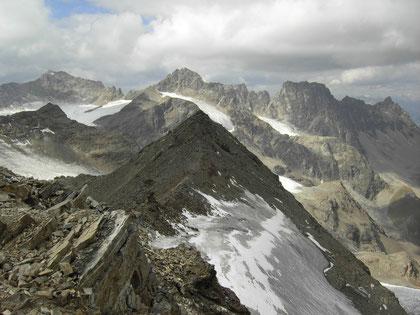 Gipfelpanorama von der Lyfispitze