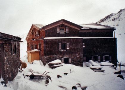 Similaunhütte am Niederjoch