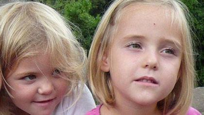 La photo des jumelles fournie par la police suisse