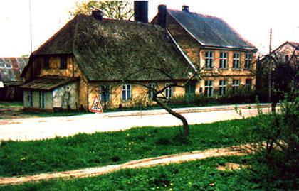 Präzentor-Wohnhaus und Schule
