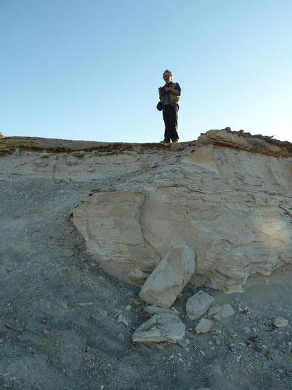 A punto de saltar en el desierto cerca al Tambo. Ocucaje-Ica