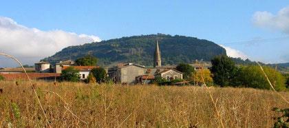 village saint jean le centenier