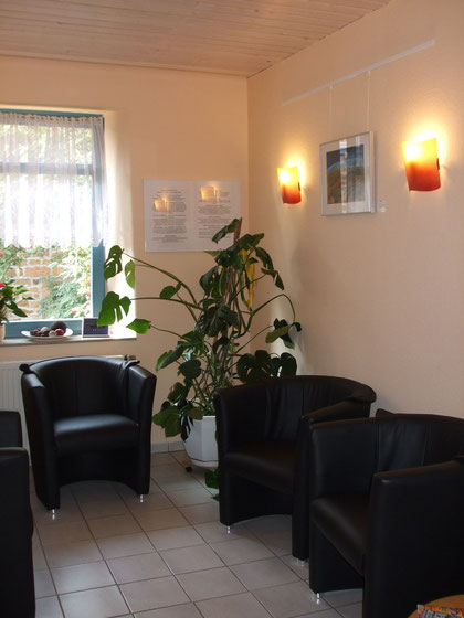 Zahnarztrpraxis Wölke Wartebereich