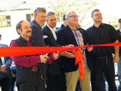 V.l.n.r.: Ralf Volk (1. Vorstand Freundeskreis), Peter Hoch (2. Vorstand), Manfred Wikelski (Bauamt Stadt Waldkirch), Michael Behringer (OB-Stellvertreter Waldkirch), Detlev Kulse (Ltg. Bauamt Stadt Waldkirch)