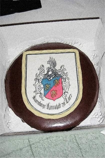 Eine Torte mit dem Kuerenberger Wappen gehörte zu den Angebinden an die Jubilarin.
