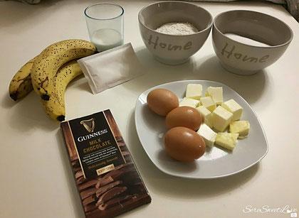 ingredienti per la ricetta torta banane e cioccolato